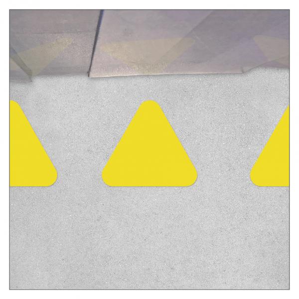 Bodenmarkierung - Dreieck für Wartelinien